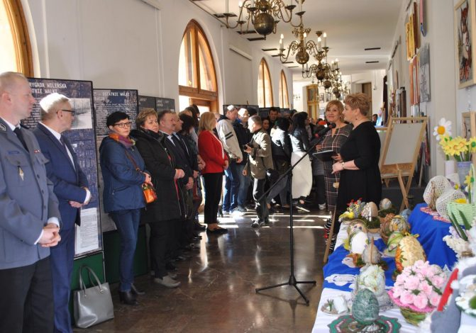 Uroczyste otwarcie VIII Wystawy Twórczości Osób Niepełnosprawnych