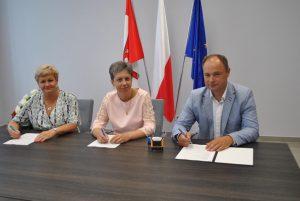 12 sierpnia 2019 r. podpisano umowę na budowę mostu przez rzekę Niestępówkę wraz z przebudową drogi powiatowej na odcinku Kacice Nowe Niestępowo