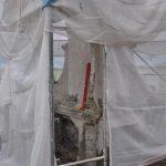 Prace remontowe na kapliczce w Nowym Niestępowie