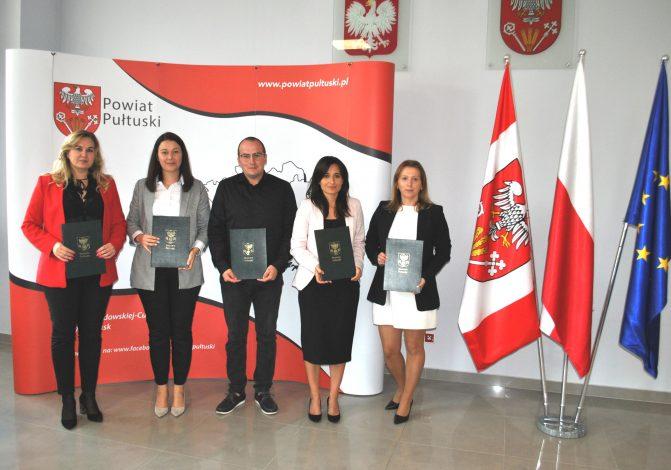 Awanse w szkołach prowadzonych przez Powiat Pułtuski